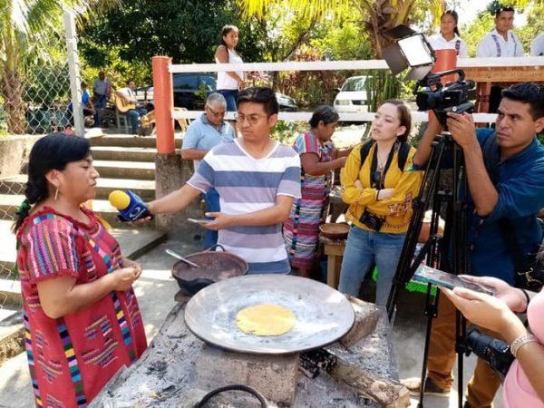Medios de comunicación nacionales y estatales visitan San Lucas Ojitlán