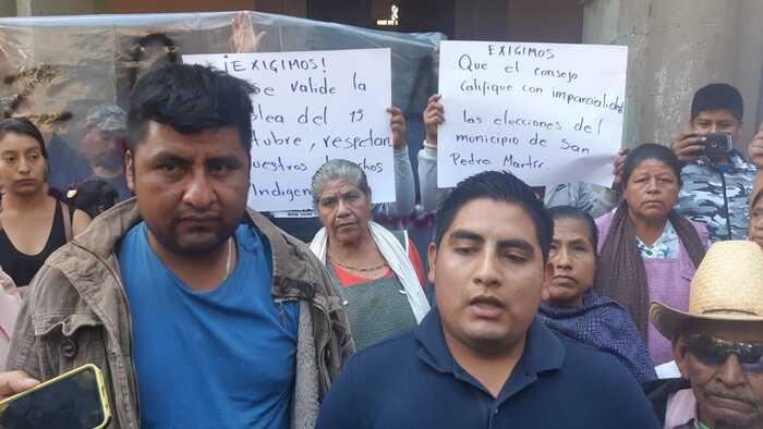 Habitantes de San Pedro Mártir, piden al IEEPCO validar elección de autoridades municipales