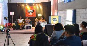 """Alumnos de la UMAD presentan programa milenial """"Expreso Matutino"""""""