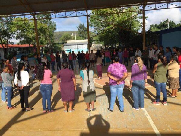 Fortalece IEEPO convivencia escolar y cultura de la paz en planteles de educación básica