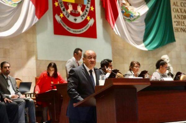 Garantiza IEEPO el derecho de niñas, niños y jóvenes a la educación inclusiva y con equidad: Francisco Ángel Villarreal