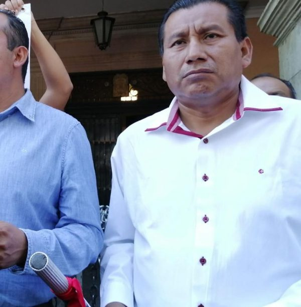 Sin atención de gobierno y policía estatal, luego del triplehomicidio en Santiago Ixtayutla