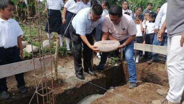 Arranca Rey Magaña construcción de preescolar en Loma Santa Fe