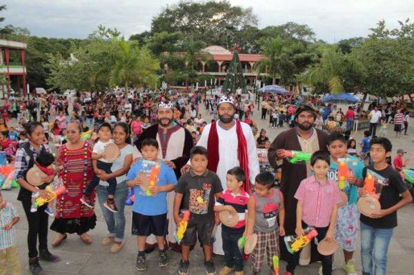 Gran festejo de día Reyes en Chiltepec