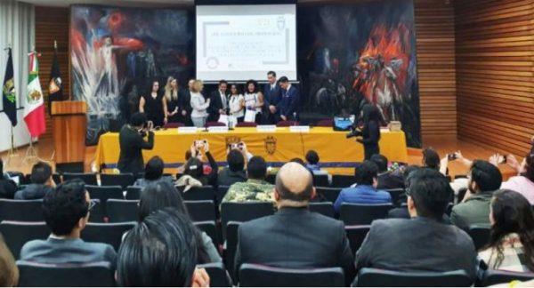 Estudiantes de derecho de la UAO obtienen en competencia nacional de mediación