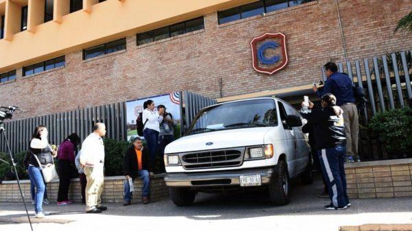 Vinculan a proceso a abuelo de menor autor del tiroteo en Torreón