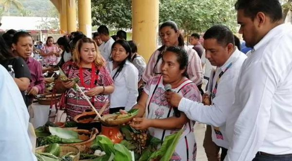 Buscan cocineras de Jacatepec, acciones para rescatar gastronomía típica
