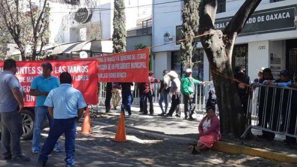 Habitantes de Mazatlán Villa de Flores piden anulación de sus elecciones