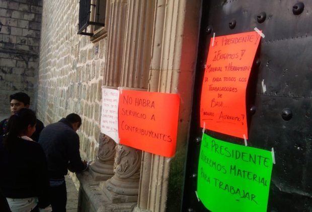 Continúa en paro sindicato autónomo de Oaxaca, mantienen tomadas oficinas municipales