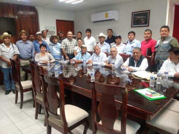 Reunión informativa para capacitación de productores de cacao en la región