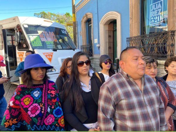 Ahora es el Secuabjo quien bloquea calles de Oaxaca