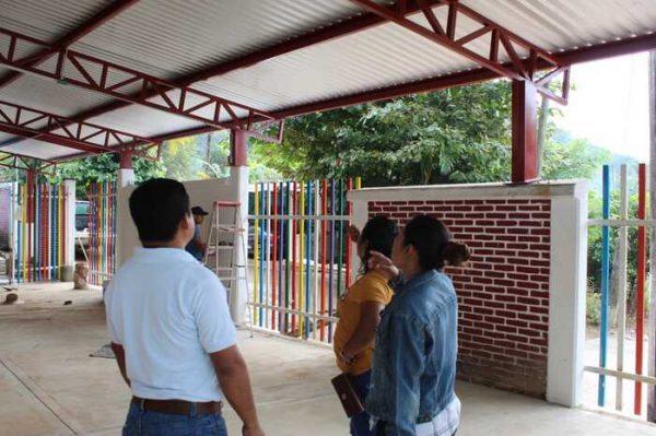 Ayuntamiento de Chiltepec supervisa obras en ejecución