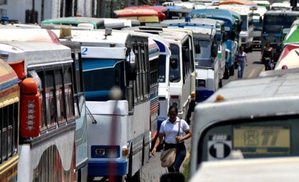 Se quedan sin transporte público más de mil tuxtepecanos, empresa suspende servicio