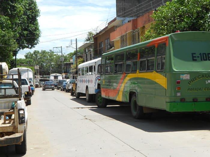 Disminuye el transporte urbano en un 70% en Tuxtepec, circulan 70 de 350