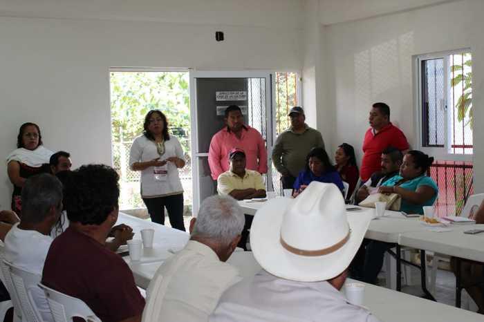 Gobierno Municipal de Chiltepec cercano a sus autoridades auxiliares