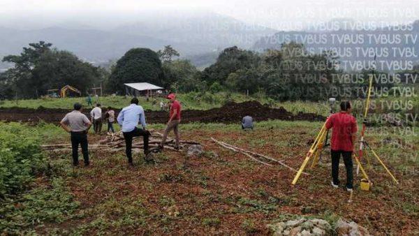 Con deslinde de terreno, inicia construcción de Universidad Bienestar en Valle Nacional