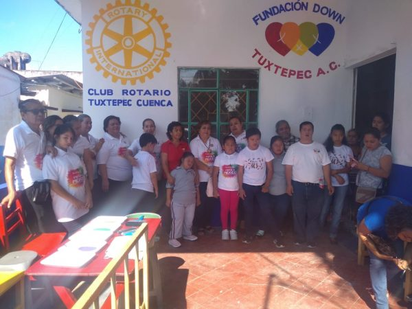"""Con programa del Club Rotario """"Pinta tu escuela"""", rehabilitan Escuelita Down"""