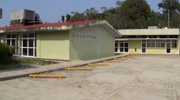 Sin autorizar recursos para concluir hospitales de Oaxaca