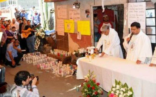 Celebran misa de cuerpo presente en casa de Fátima