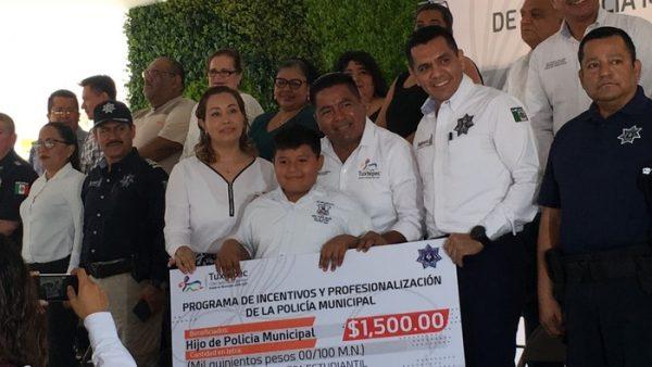 Aumentan salario a policías y aspirantes en Tuxtepec