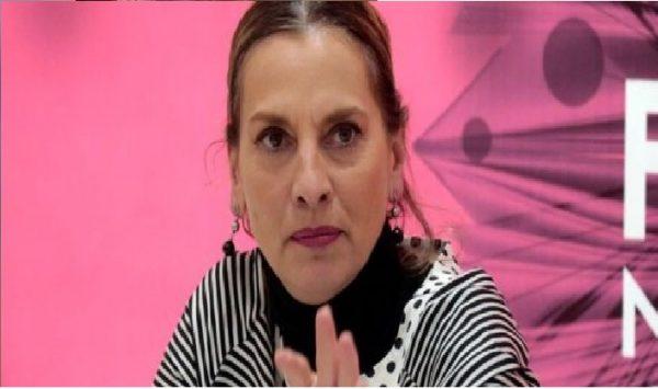Beatriz Gutiérrez Müller se suma a #UnDíaSinNosotras … y luego recula: #NoAlParoNacional