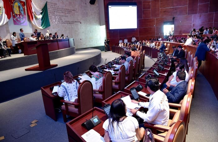 Suspensión parcial de labores en el Poder Legislativo de Oaxaca
