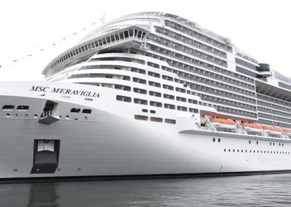 Revisan salud de pasajeros de crucero atracado en QRoo