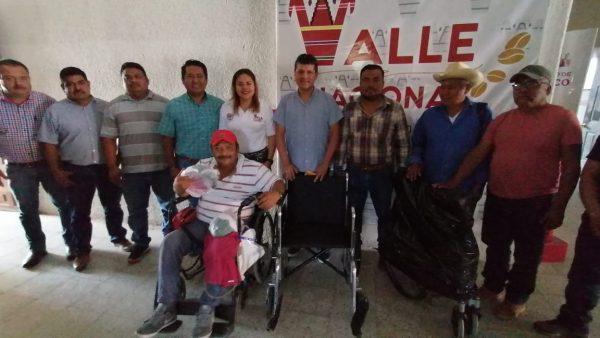"""Coordina Gobierno de Valle con asociación """"Una Nueva Luz"""", apoyos a los que menos tienen"""