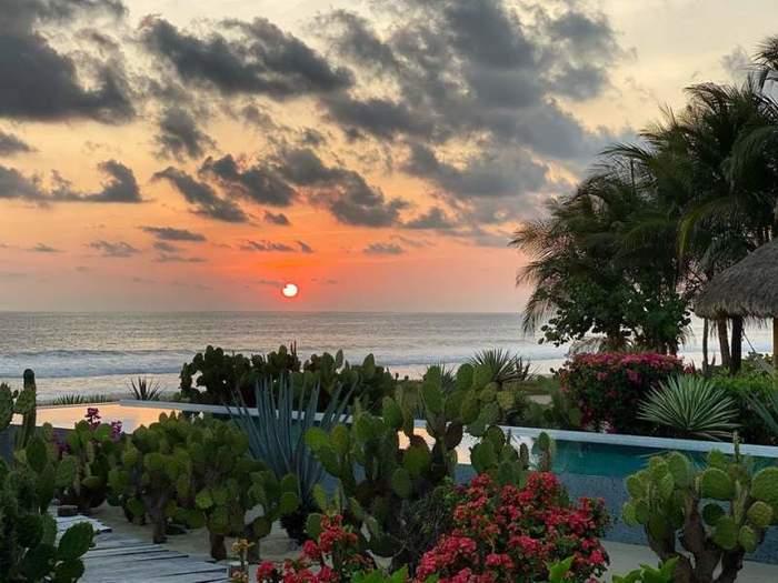 """Gran tranquilidad encontrarás en la playa """"Costa Cumana"""""""