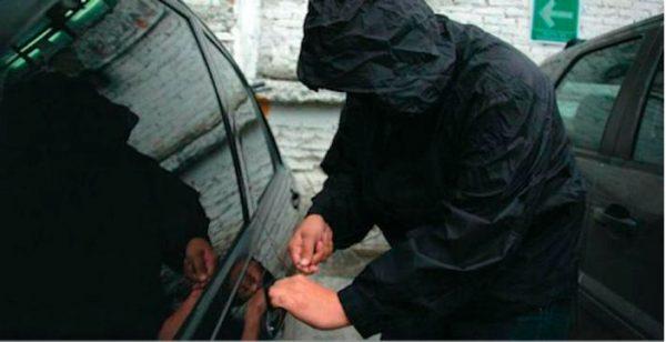 A prisión, masculino acusado por robo de unidades de motor, en el Istmo