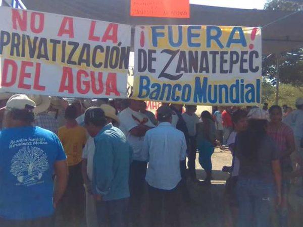 Con bloqueo rechazan proyecto minero en Zanatepec