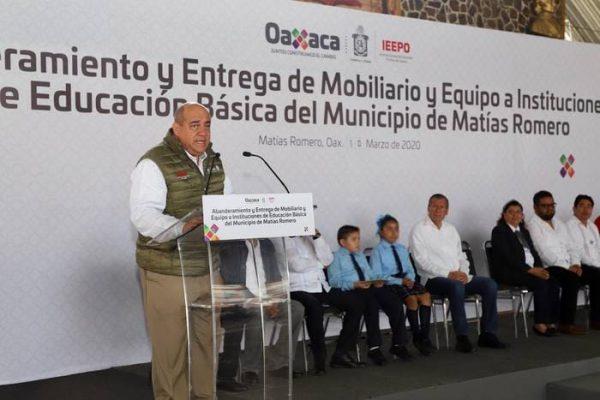 Niñas, niños y adolescentes, el centro del proceso educativo: Francisco Ángel Villarreal
