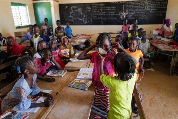 """Coronavirus """"invade"""" África con más de mil 100 casos"""