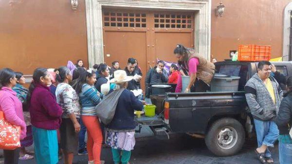 Bloquea CIPO avenida Juárez en centro histórico de Oaxaca