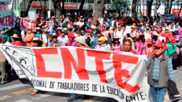 CNTE se reserva a suspender clases, consultará a sus bases