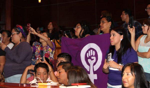 Congreso aprueba legislaciones de vanguardia contra nuevas formas de violencia hacia las mujeres