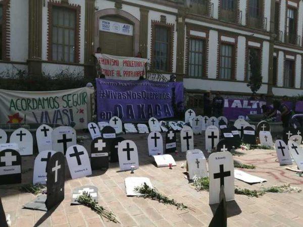 Inician oaxaqueñas movilizaciones por conmemoración del día internacional de la mujer