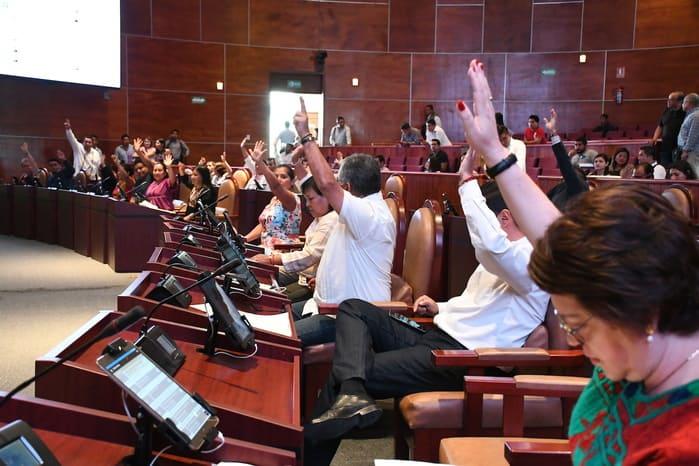 Diputados priístas propusieron renudar periodo de sesiones en abril, morenos no lo aprobaron