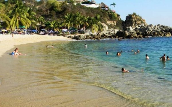 Puerto Escondido afectado por la crisis del COVID-19