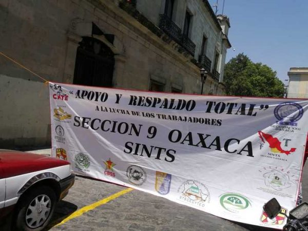 Una vez más, trabajadores del SINTS se manifiestan en Oaxaca