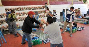 A nombre del gobernador Alejandro Murat entrega el IEEPO apoyos a familias de Jaltianguis afectadas por incendio