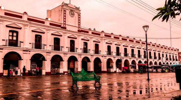 En Juchitán realizan jornada informativa sobre Covid-19 en transporte público