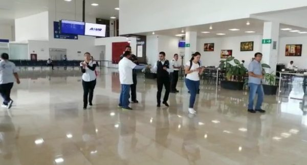 Aplican medidas sanitarias en aeropuerto de Oaxaca por Covid-19