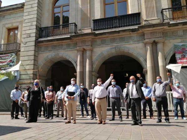 Abogados de Oaxaca, claman apoyo económico del Gobierno para subsistir