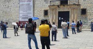 Ambulantes de Oaxaca, exigen al gobierno les permita vender en vía pública
