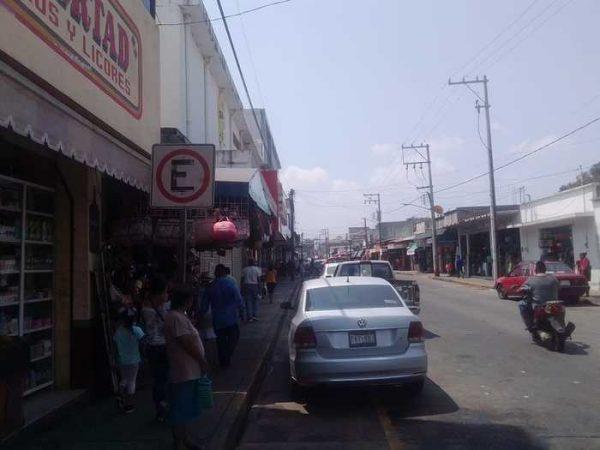 No descartan sancionar a comerciantes de Tuxtepec, que no obedezcan decreto estatal