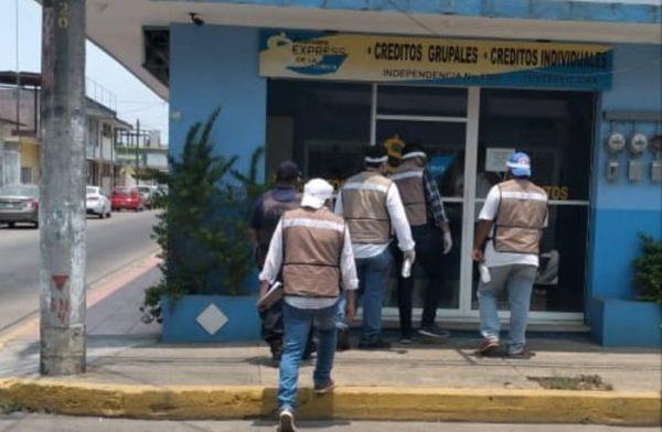 Continúa operativo de exhorto para cerrar negocios con actividades no esenciales en Tuxtepec