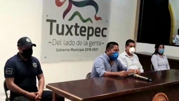 Anuncia Dávila cierre de comercios no esenciales y retiro de ambulantes por Covid-19