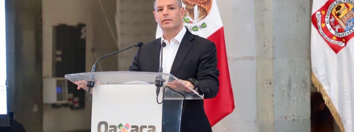 Niega Murat dejar gobierno de Oaxaca para asumir dirigencia nacional del PRI