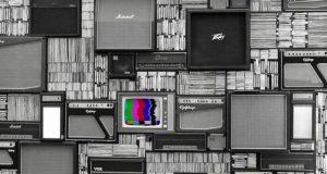 AMLO anuncia decreto para devolver los tiempos oficiales de radio y televisión